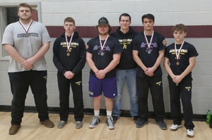 BOYS POWERLIFTING DOES WELL @ NORTH HALF