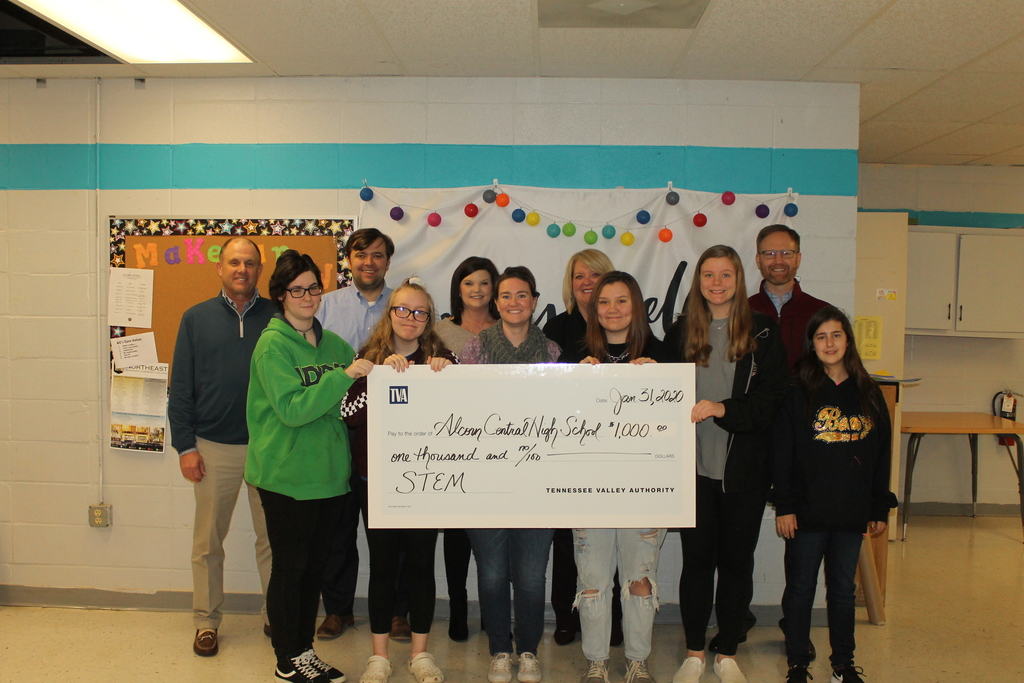 State Representative Nick Bain and TVA employees present Keystone Teacher Heather Arnold and students with STEM grant worth $1,000